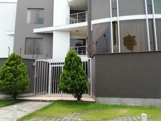 Fotos de Se vende  acogedor departamento en residencial monterrico,  la molina 1