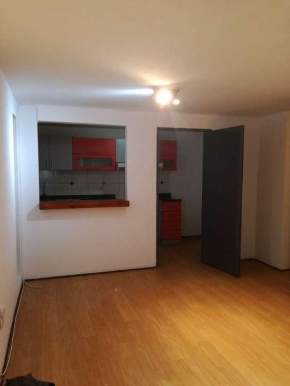 Fotos de Alquilo lindo departamento en 2do piso,  en chorrillos. 4