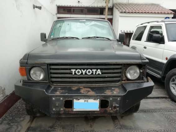 Vendo toyota land cruiser fj60 1988