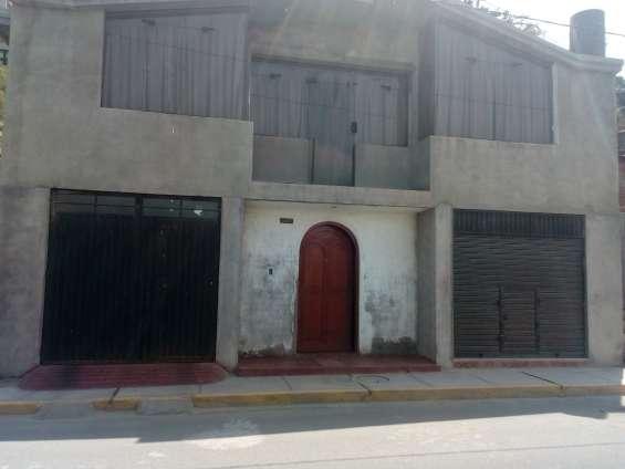 Casa en remate en sachaca, arequipa. 200m2, $ 75,000