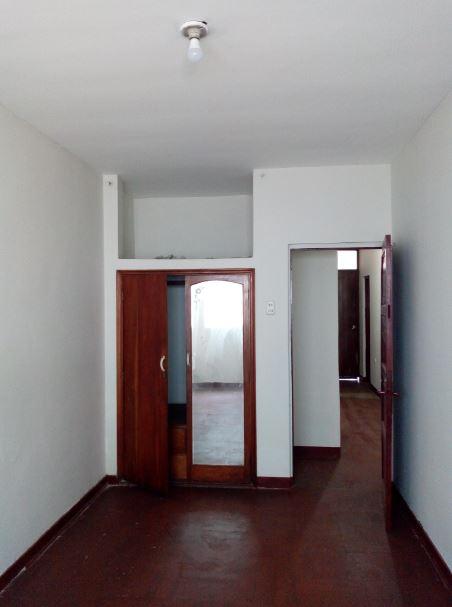 #2 cuarto amplio de 14m2 c/closet