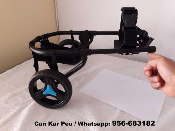 Silla de ruedas para perros con discapacidad