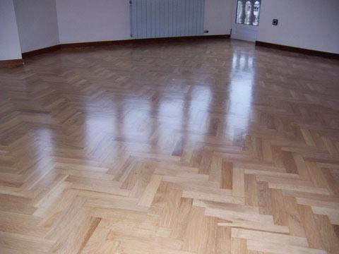 Acabados de pisos parquet 929-441-970
