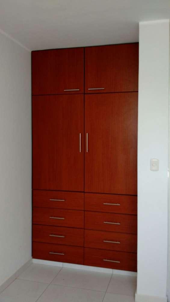 2 dormitorios uno con closet