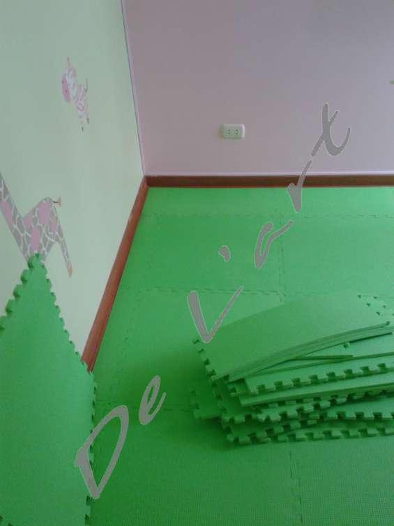 Peru goma eva pisos dentados