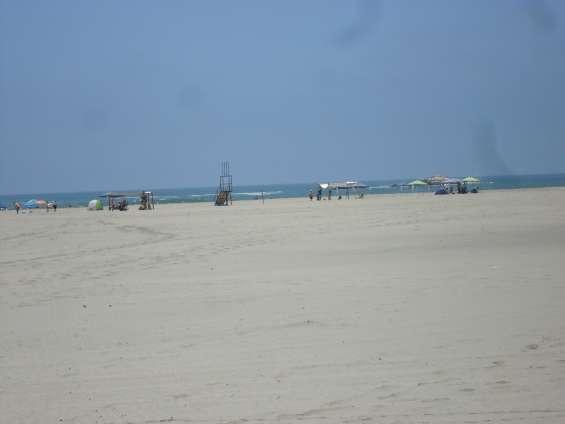 Franja de arena amplia