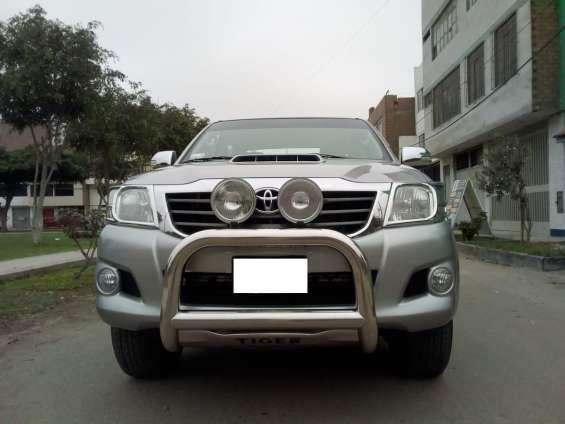 Toyota hilux4x4 srv..