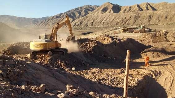 Alquiler de excavadora sobre oruga