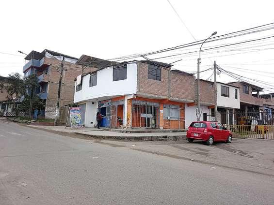 Se vende casa en avenida con 3 locales comerciales en san juan de miraflores $122,000