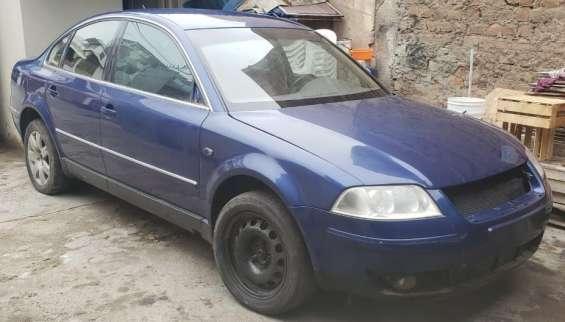 Remato marca volkswagen, modelo passat año 2001