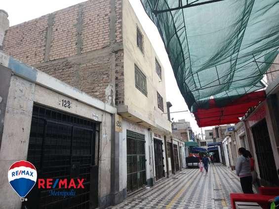 Se vende tienda en galería comercial,para vivienda y negocio de tres pisos en el callao