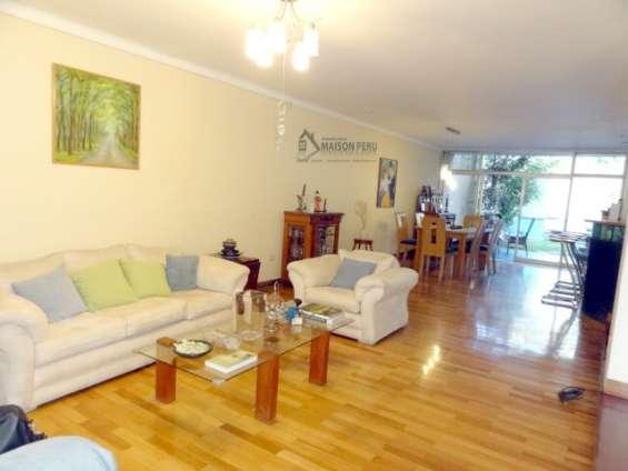 Alquilo casa 1er piso con jardín 250 m2 surco (52-16-r-h