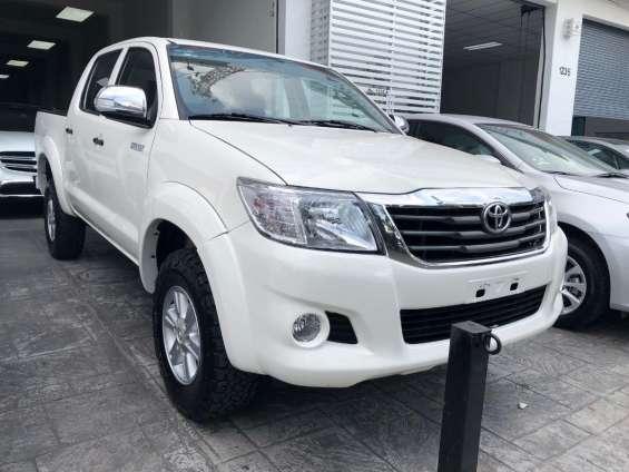 Fotos de Toyota hilux 2014 doble cabina buenas condiciones 1