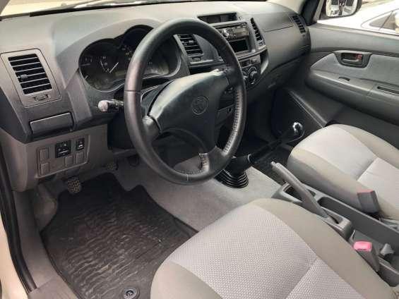 Fotos de Toyota hilux 2014 doble cabina buenas condiciones 2