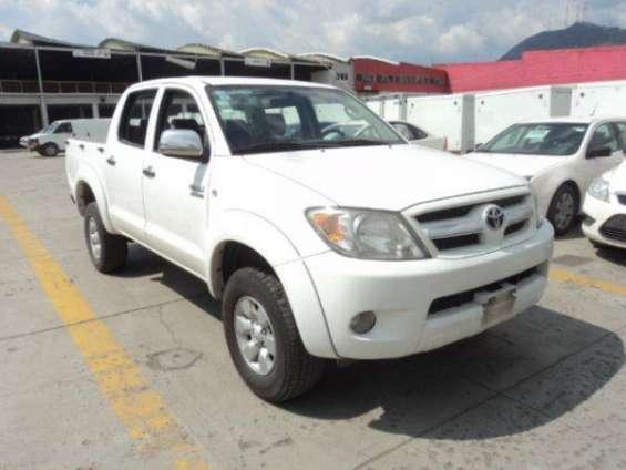 Toyota hilux 2010 doble cabina $6,000.00 dolares