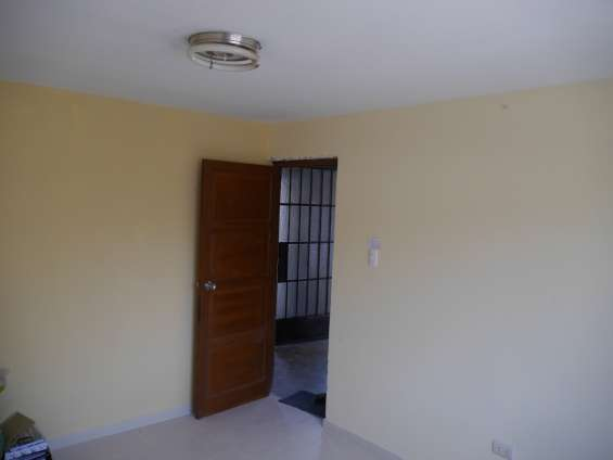 Alquiler para pareja o persona sola - planta de tercer piso