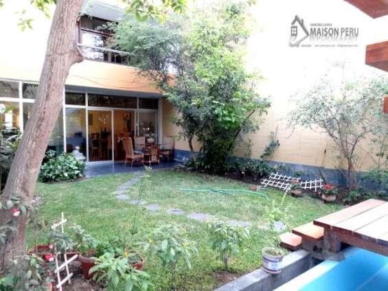 Fotos de Alquilo casa 1er piso con jardín 250 m2 surco (52-16-f-b 4