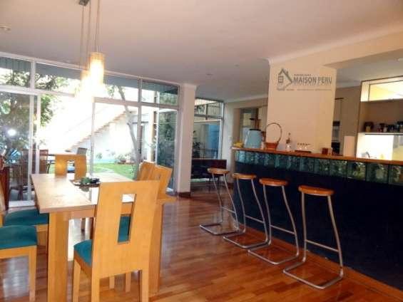 Fotos de Alquilo casa 1er piso con jardín 250 m2 surco (52-16.q-p 9