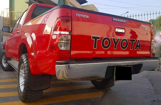 Fotos de Toyota hilux 4x4 2015 sr 3