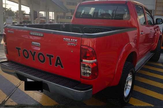 Fotos de Toyota hilux 4x4 2015 sr 4