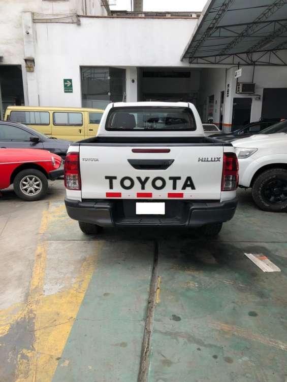 Fotos de Toyota hi lux 2016 9