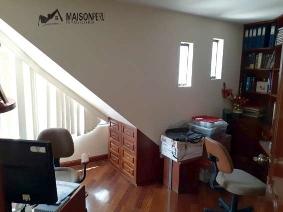 Fotos de Vendo casa 256.80 m2 3 dormitorios estudio la molina (680-d-v 11