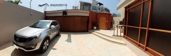 Fotos de Vendo casa 256.80 m2 3 dormitorios estudio la molina (680-d-v 3