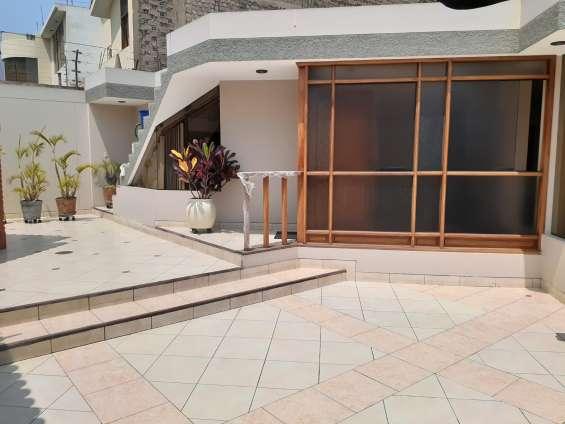 Fotos de Vendo casa 256.80 m2 3 dormitorios estudio la molina (680-d-v 2