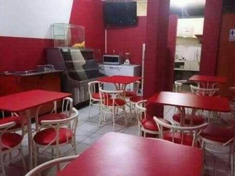 Se alquila restaurante totalmente amoblado 900s/.