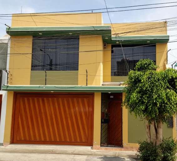 Vendo hermosa casa en urb. santa victoria chiclayo