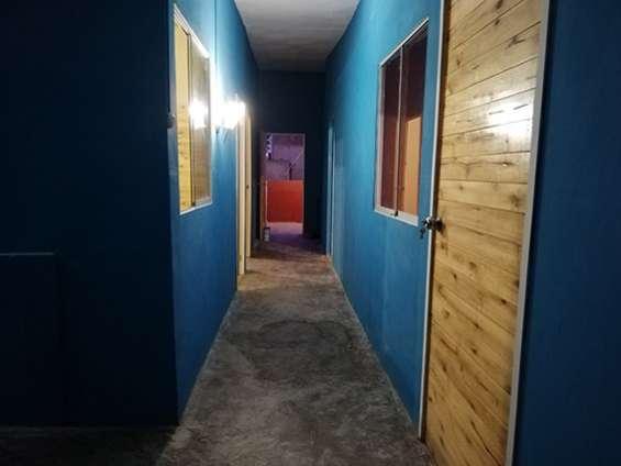 Habitacion en san roque surco personas solas.