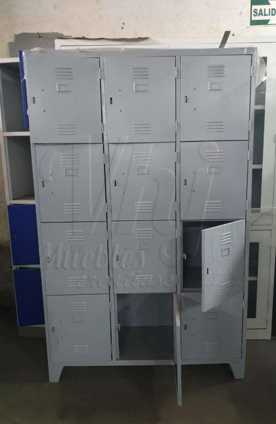 Lockers con 12 casilleros