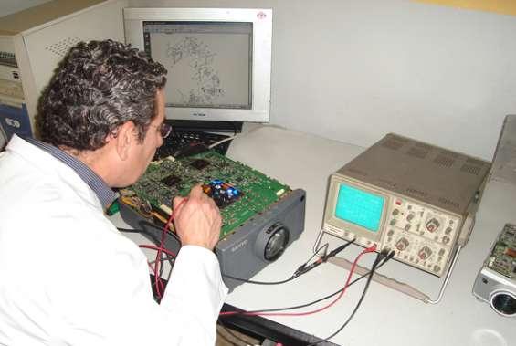 Reparacion de tv led smart aoc en san miguel lima peru