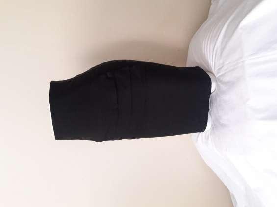 Falda de vestir negro- mediano