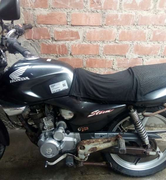 Vendo moto usada honda
