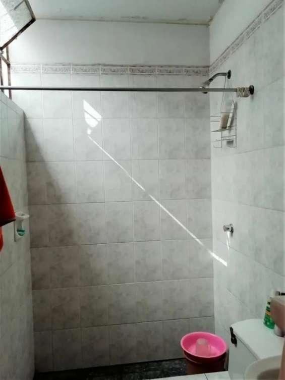 Fotos de Comas vendo dpto. 1er piso 121m2 $75mil, vista calle 13
